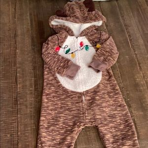Christmas pajamas so cute 3-6 months
